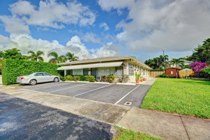 616 NE 16th Ave, Fort Lauderdale, FL 33304