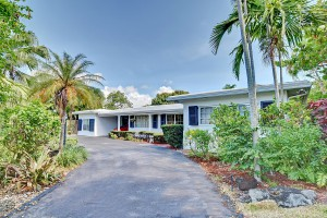 2733 NE 25th Pl, Fort Lauderdale, FL