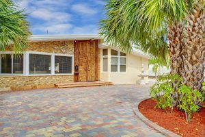 2727 N Atlantic Blvd, Fort Lauderdale, FL 33308 thumbnail photo