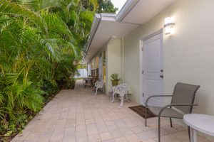 2616 N Ocean Blvd, Fort Lauderdale, FL thumbnail photo